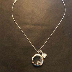 💐BOGO 50% off 💐 Origami Owl Necklace